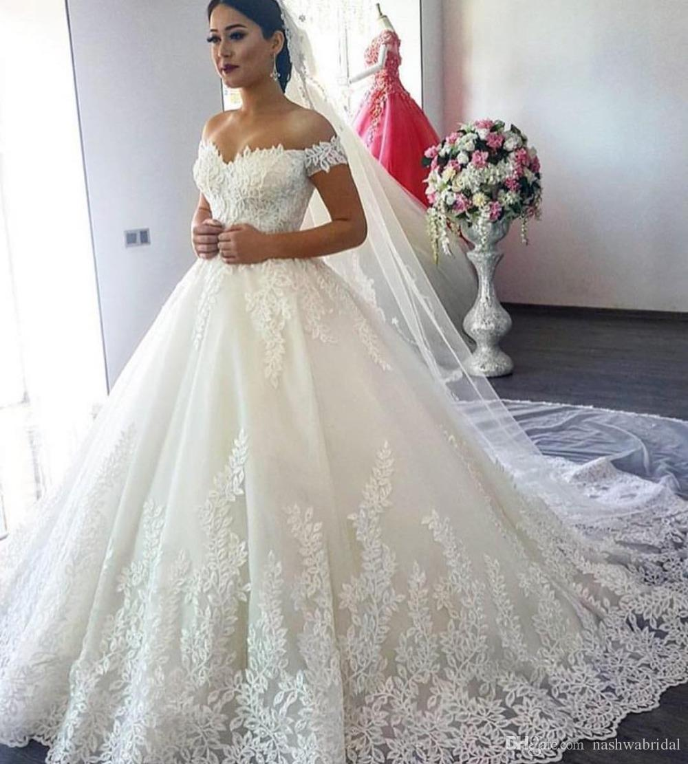 lace wedding dress min